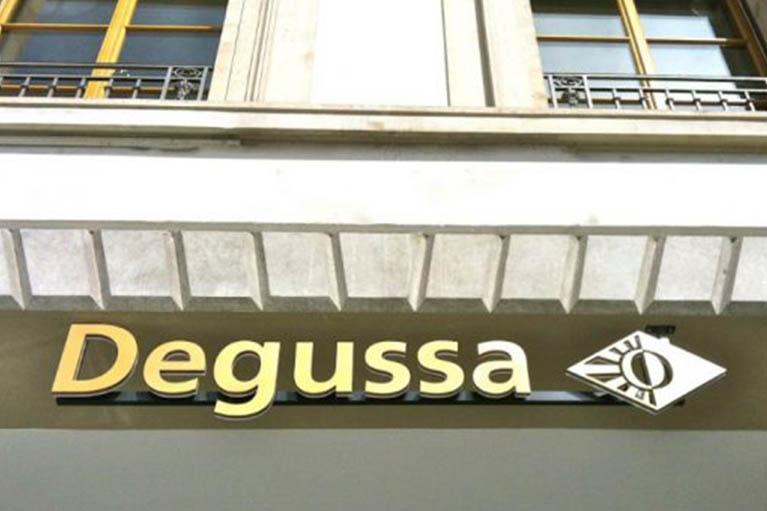 BOUTIQUE-DEGUSSA_0002_projet5-bureaux2-architecture-yves-janet-800X500-558×349